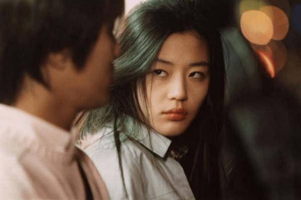 2019韩国电影排行榜前十名_继父竟这样对待女儿 这片让观众的底线再受