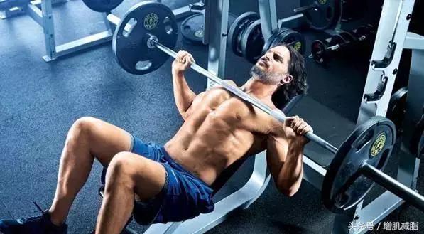 练肌肉怎么练呢