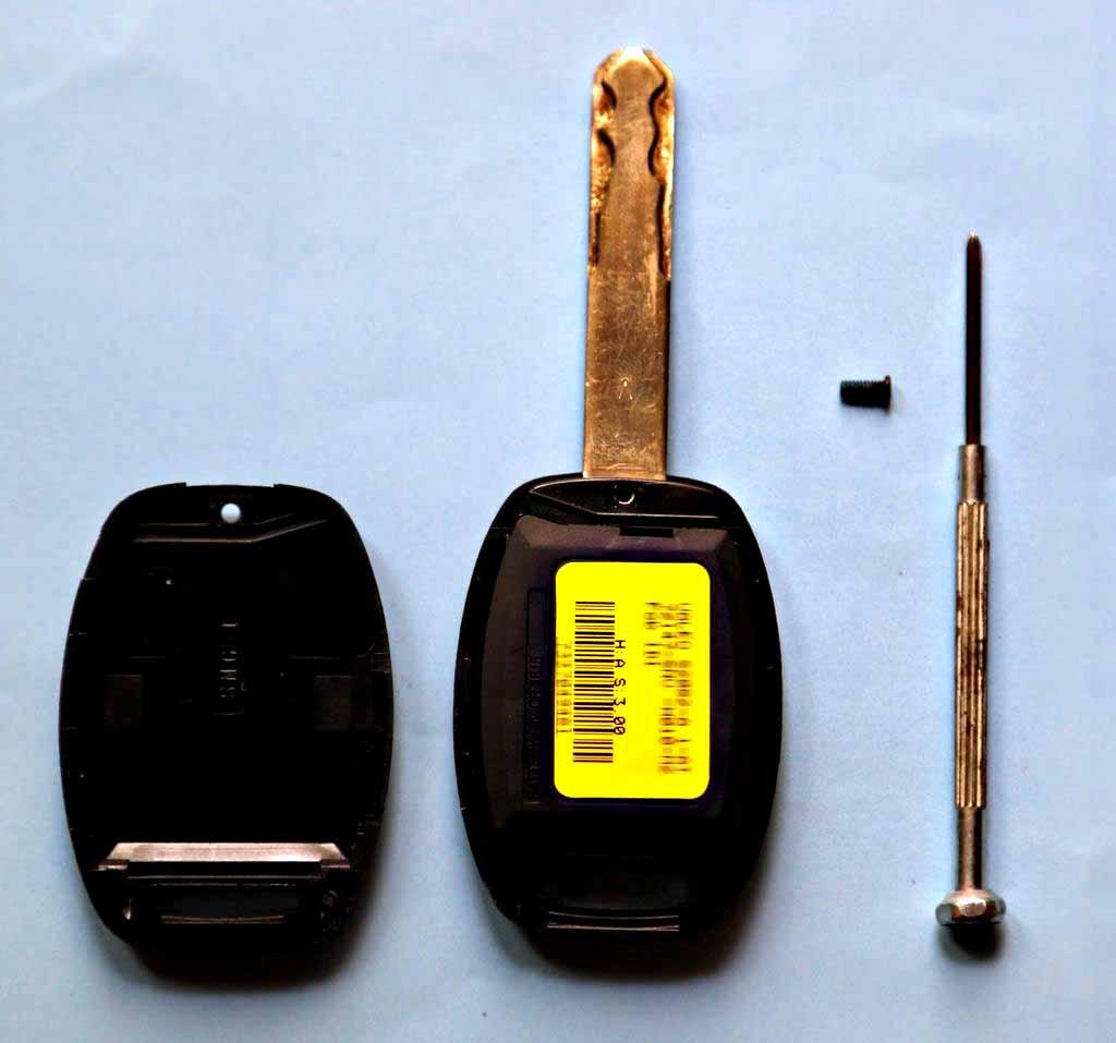 本田思域汽车钥匙电池更换教程高清图片