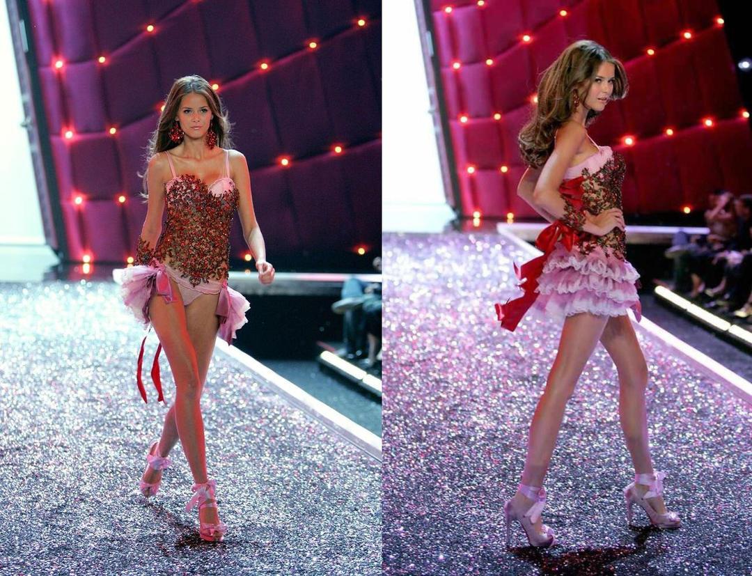 Flavia de Oliveira 2006-2008, 2010-2011 Flavia de Oliveira 2006-2008, 2010-2011 new photo