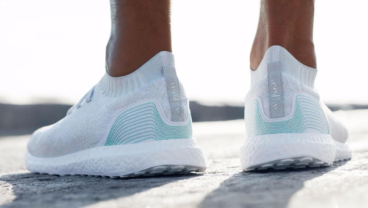 阿迪达斯与 Parley for the Oceans 推出首个合作系列在经过两次话题性十足的实验企划后,adidas终于与海洋公益机构