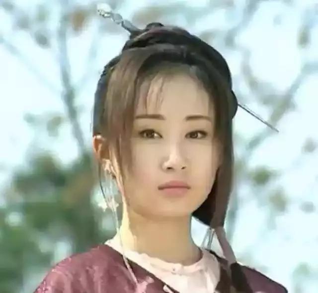 2《少年大钦差》 徐莲 倔强美艳 ,面若桃花