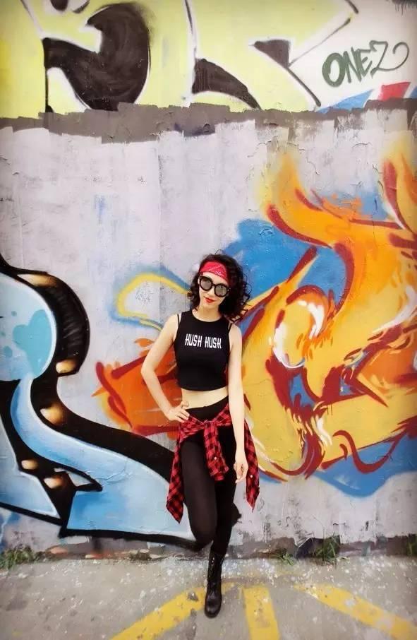 让这个大全带你感受一次非凡v大全的免费女孩课图片女生舞蹈球服图片