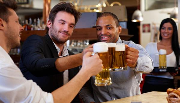 年发病主要因为喝酒,本人山东大汉,能喝酒,朋友多,酒场多,从参图片