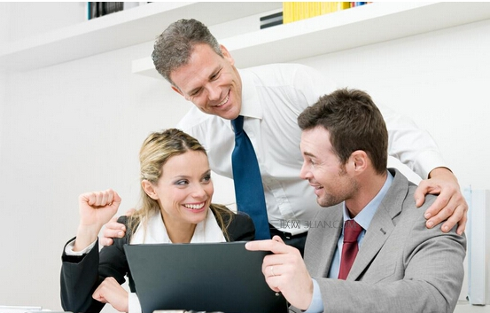 【职场英语】职场中应提防的6类同事及应对之策