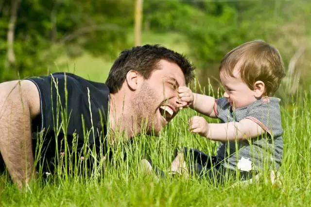 育儿知:做到这5点再忙也能成为好父亲