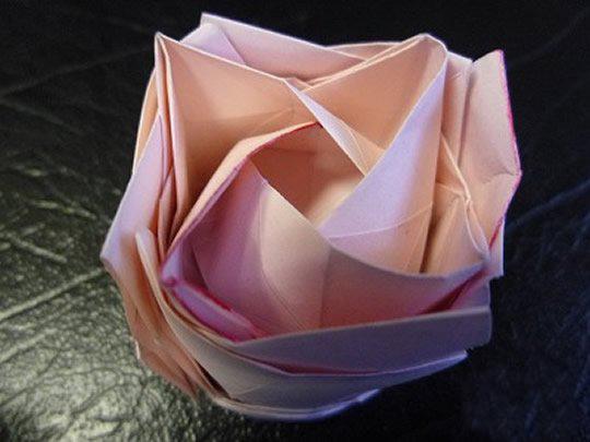 日本折纸大师的复杂玫瑰花折纸教程步骤图解图片