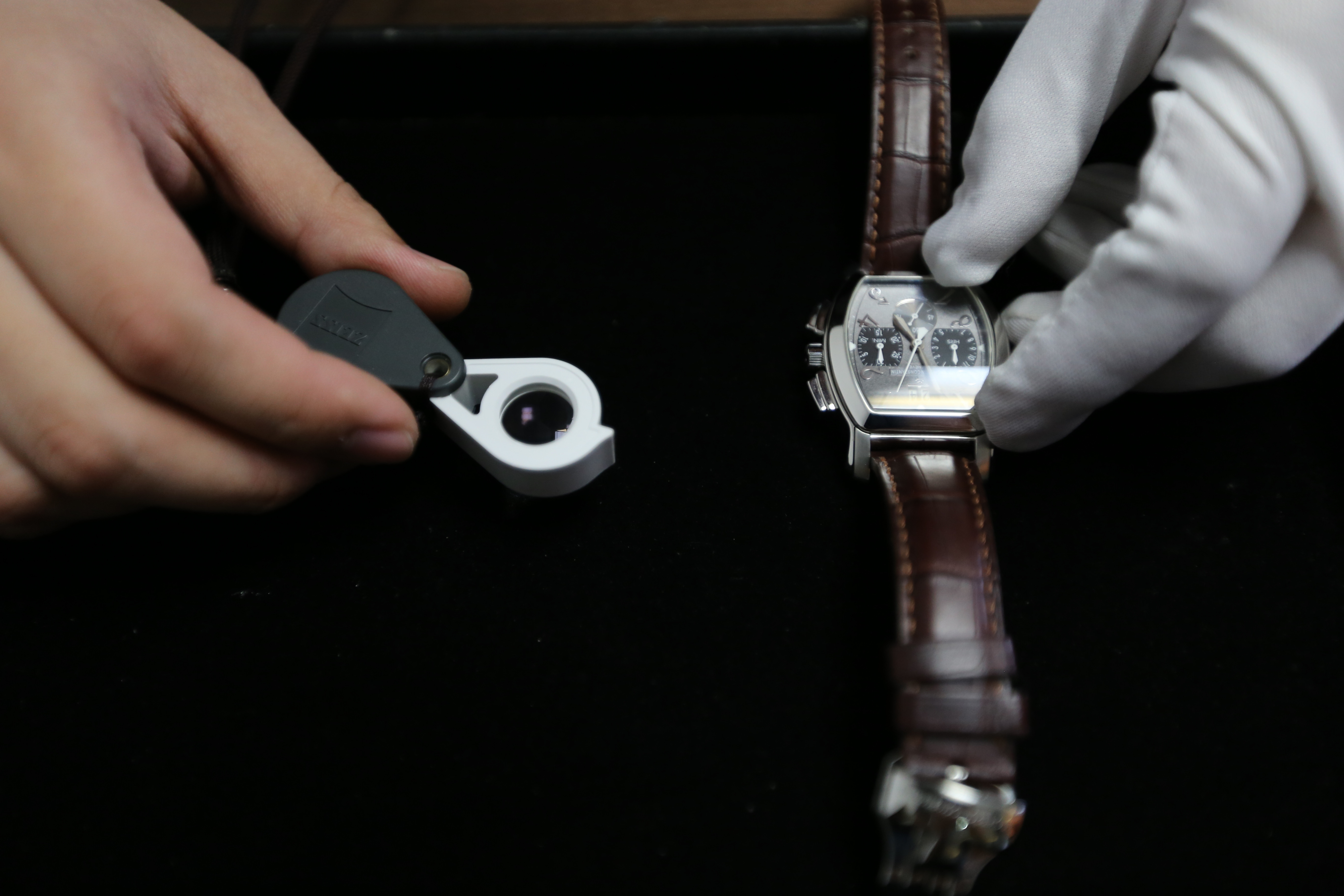 手表如何鉴定真假