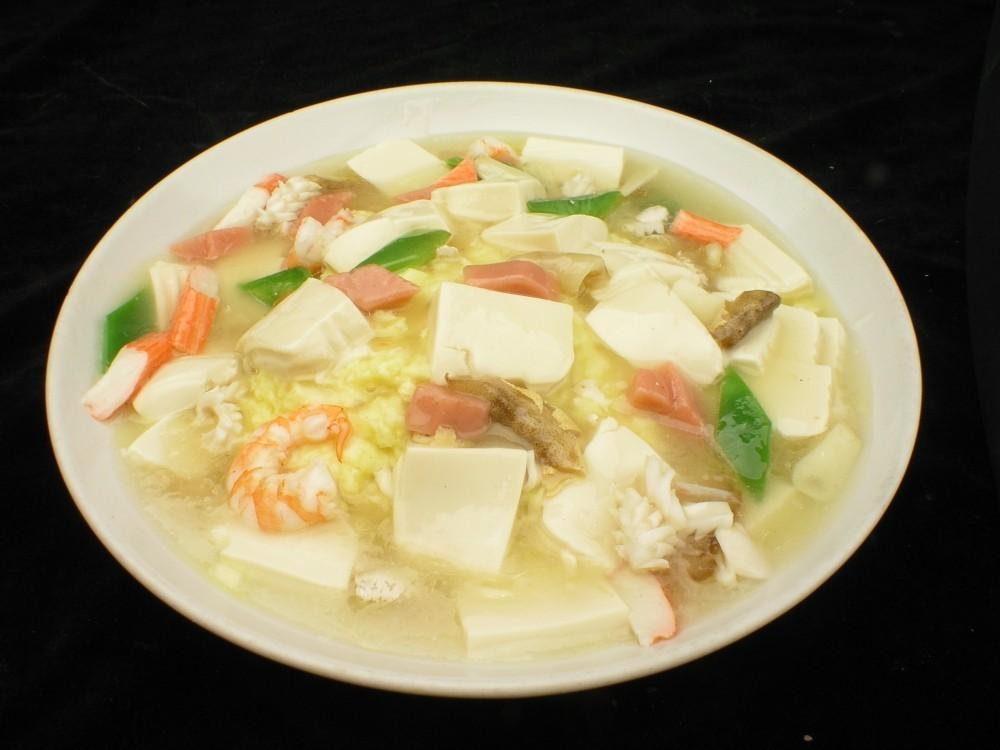 三鲜豆腐汤-冬季多喝汤 营养保健康