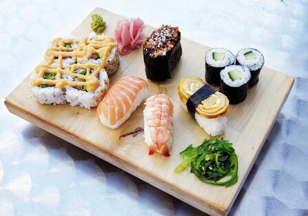 寿司小吃店生意开在哪里赚钱