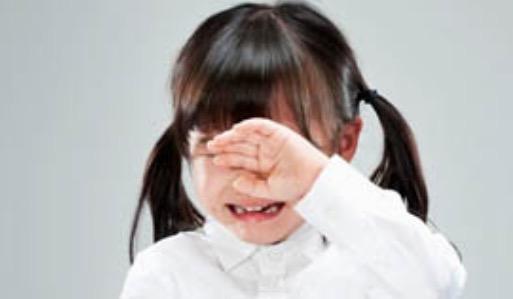 育儿经:宝宝上幼儿园缺乏安全感怎么办?丨育儿大师