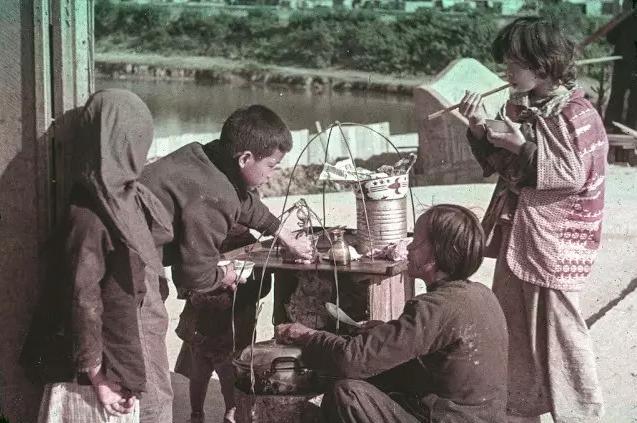 香港除了铜锣湾的陈浩南,还有这些年代感老照片图片