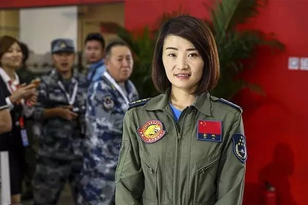 【中国在线】中国首位歼-10女飞行员余旭牺牲在唐山