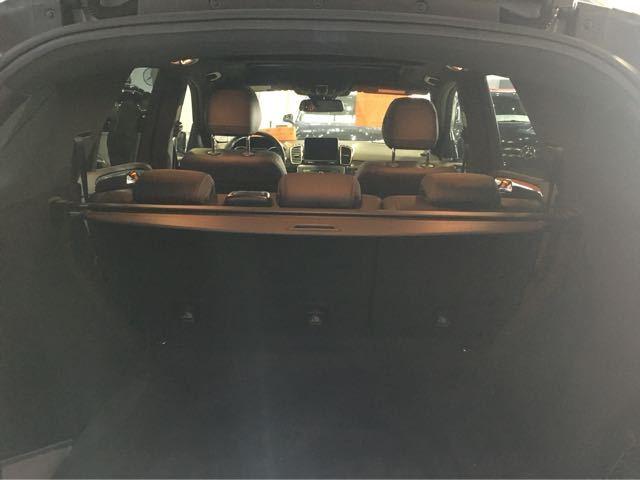 17款奔驰GLE43AMG锋利时髦越野前锋加版奔驰GLE43