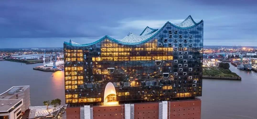 鸟巢的设计师用了13年,花费59亿元,在老仓库上建了座冰山 - 浪浪云 - 仰望星空