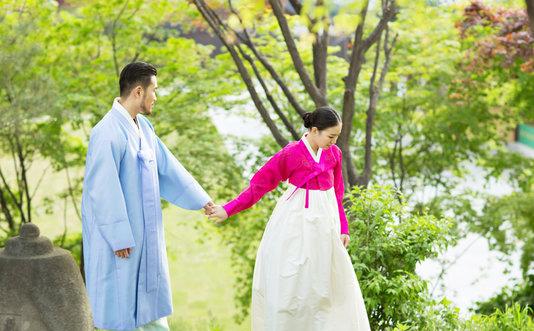 尸兄囹�a�c`�nm9l.9�_韩服婚纱照图片大全欣赏
