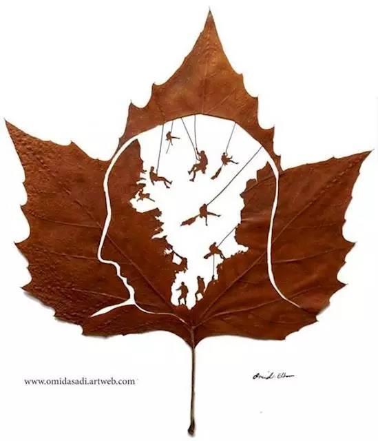 树叶花边剪纸步骤图解