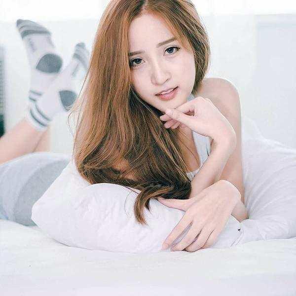 苍井空无乱码片人妖_娱乐 正文  当然也有网友把她比作泰国的苍井空,你懂的.