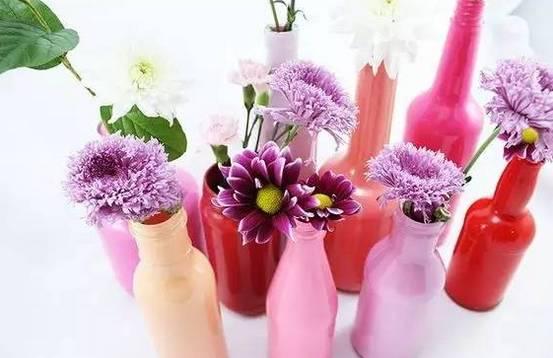 文艺小清新花瓶花朵手绘