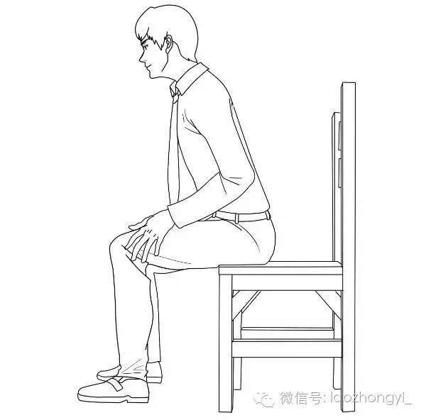 时_起身时先挪动臀部,然后上身前倾,再用双手扶膝,大腿慢慢用力撑起上