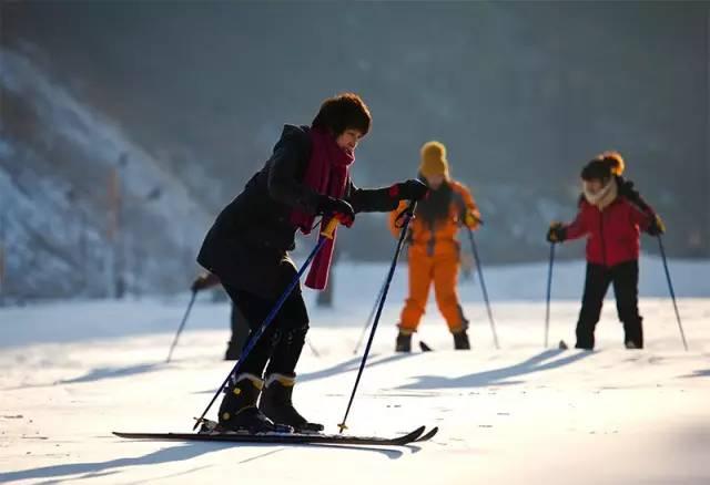 v视频必看|初学滑雪者如不知道这些视频,挨摔是吉他敲要领弦图片