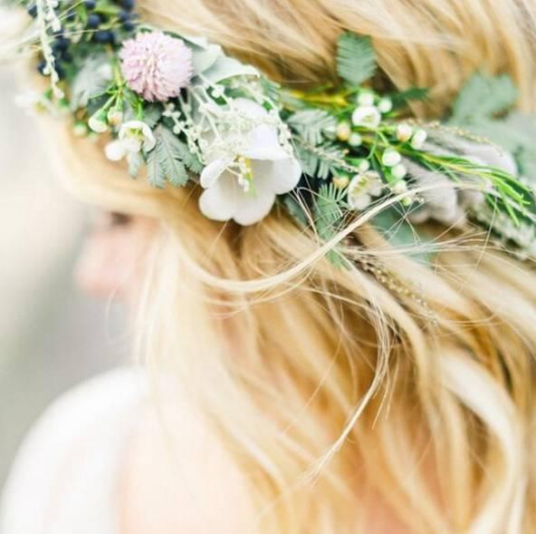 花卉花环——这是从不落俗套的头饰