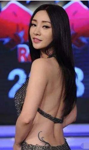 张柏芝纹身最多柳岩纹身最性感,杨颖纹身最大胆!图片