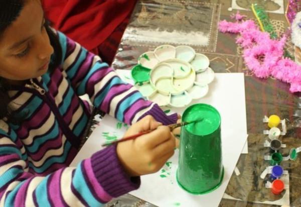 儿童手工制作圣诞树小装饰的做法图解教程