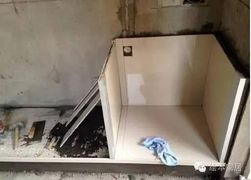 好反悔买了整体橱柜! 2016-11-22 19:30 来历: 绘本家居 原标题:用瓷砖砌的橱柜居然这么大度
