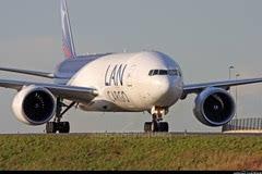 第一视角感受波音777起飞全过程!