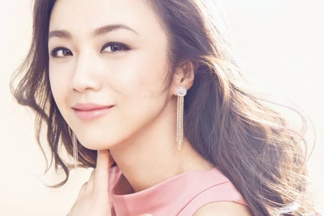 女明星汤唯艺术照_毫不夸张的说,汤唯目前在韩国是最火的一个中国女明星.