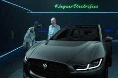 体验VR捷豹I-PACE 概念车,真现实还是玩概念?