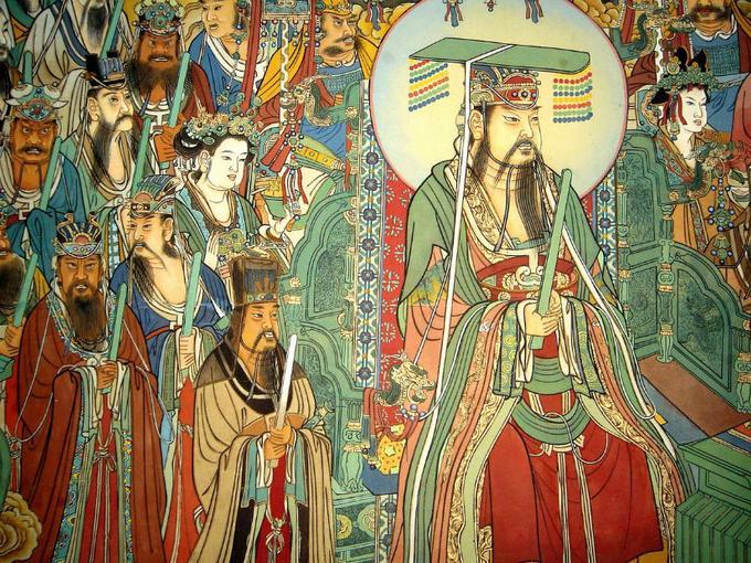 老天爷的牌位上就写着 天地三界十方万灵主宰 ,是上管天,下管地,十面