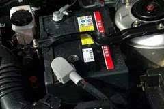 汽车电瓶日常如何保养?避免熄火不关空调