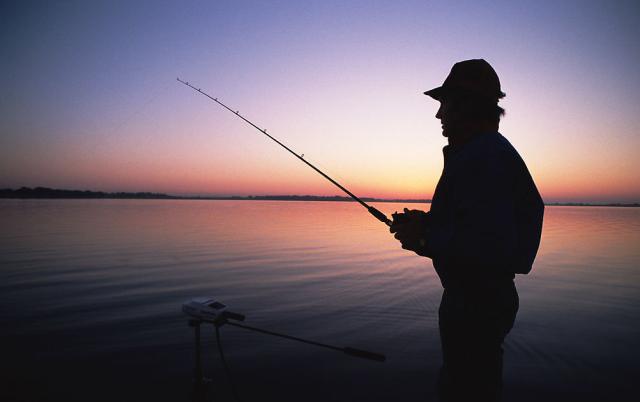如果你遇到一个爱钓鱼的男人就嫁了吧!
