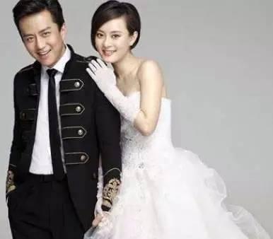 看娱乐圈明星,xuepingguiyuwangbaochuan的婚恋生活,,谁主沉浮