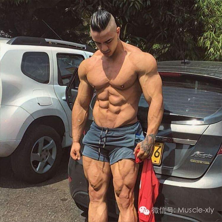 这个肌肉说女生男贼a肌肉,于是上了热搜-搜狐体女生手淫胸图片