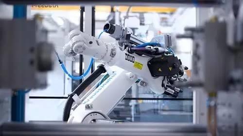 加速融入全球产业链 成都打造国家先进制造业中心