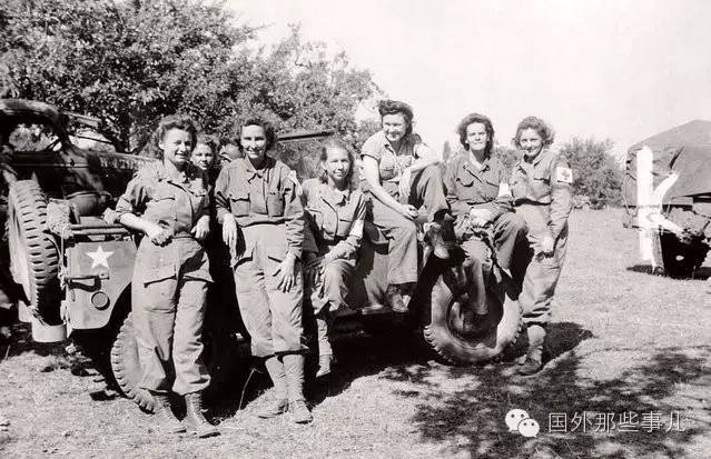 二战美国有40万妇女为军队服务,她们都做什么事