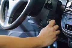 开车最容易忽视的10个老问题,一定要引起重视啊!