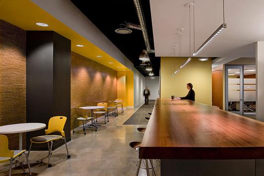 可以的话休息室可以设计在离办公室较远处,或较偏角落的地方,这样员工图片