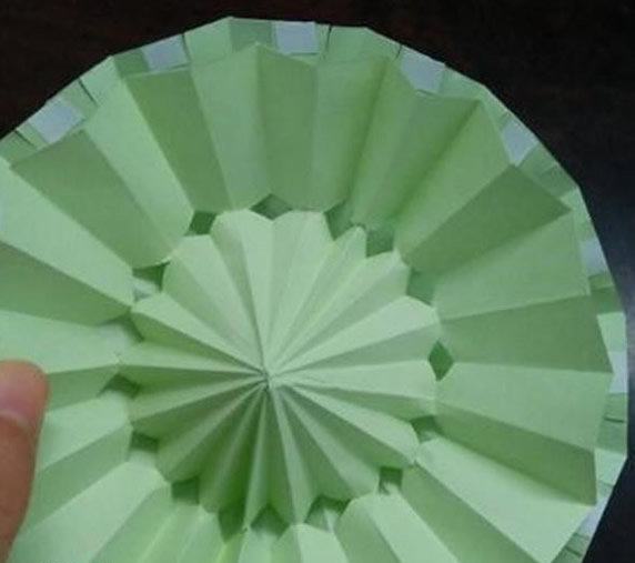超逼真的小雨伞折纸,不知道小朋友们有没学会呢?