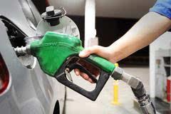 喜迎油价上涨,再来聊聊加油应该加多少这件事