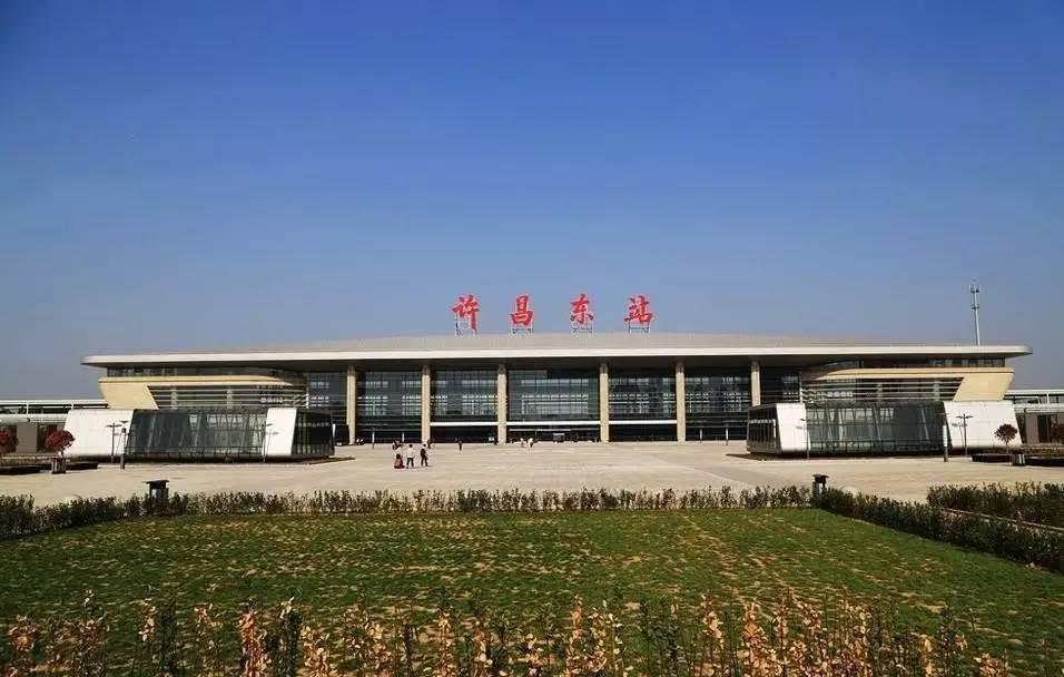 河南是中西部地区经济总量第一_河南牧业经济学院校徽