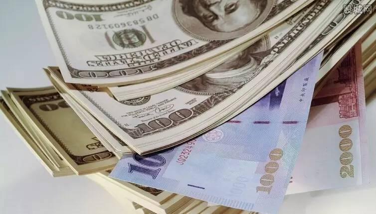 �]��_财经 正文  现汇的美金是哪里来的呢,要么是你早年用人民币在银行买的