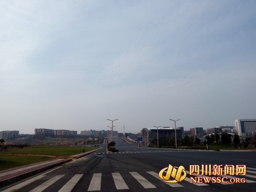 岷东新区 高端大气教育城 人气满满图片