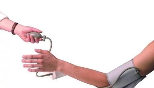"""血管易收缩血压最害怕高血压如何安然度过""""夺命冬"""""""