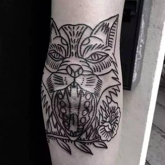 想纹身 不知道纹什么好有懂的给指点一下