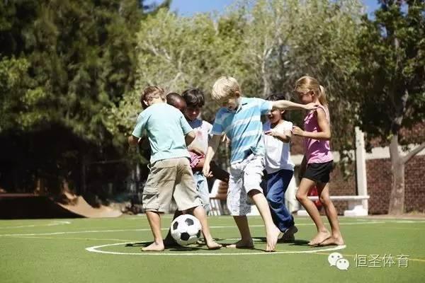 组图】失败的足球教练,总是这样教孩子踢球 .,描