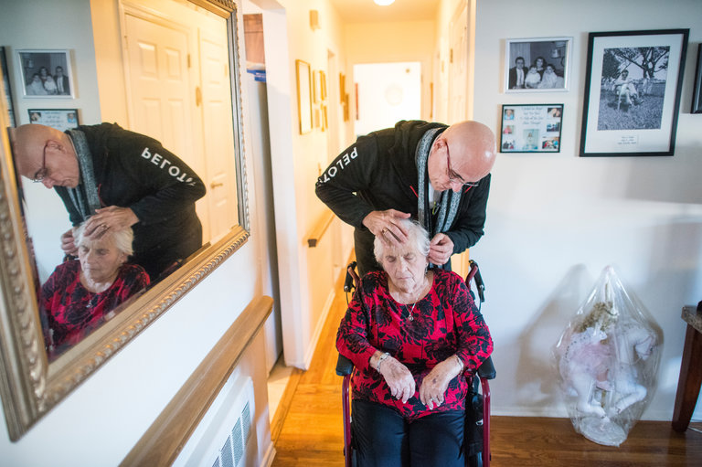 足不出户看急诊 老年人社区就医好过住院